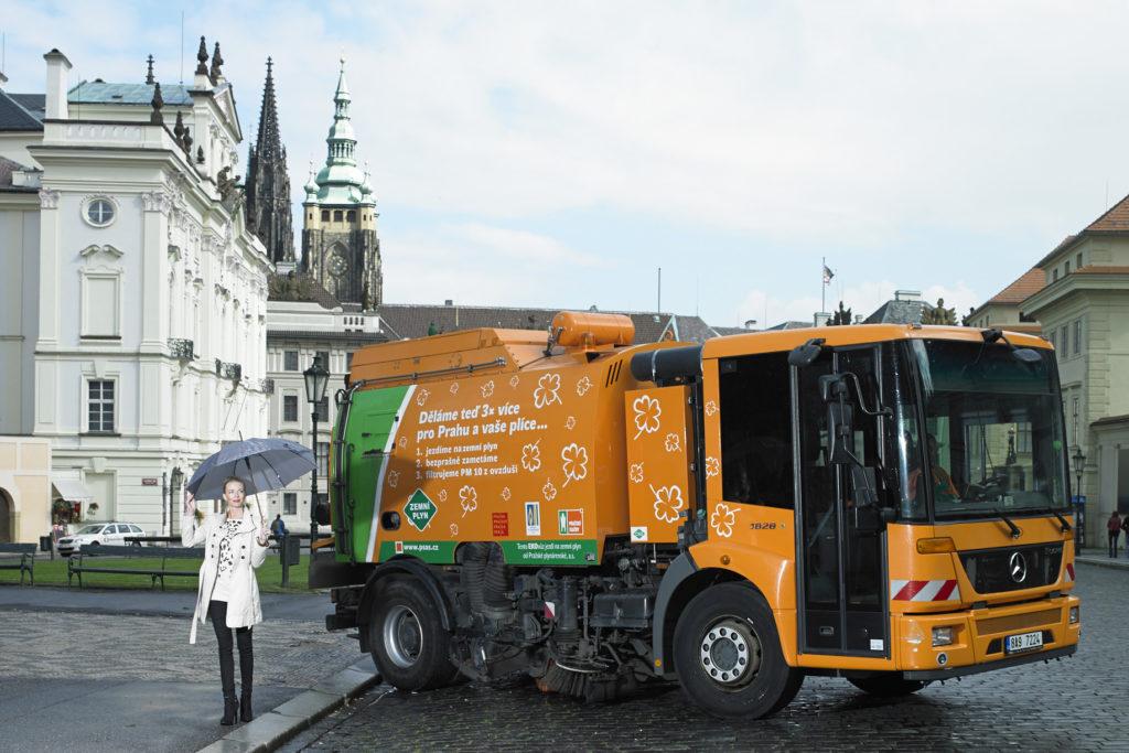 Praze od smogu pomáhají vozidla na alternativní pohon