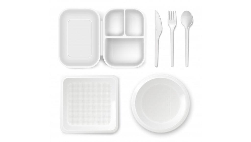 V Británii nelze recyklovat dvě třetiny plastových obalů na jídlo, tvrdí úřady