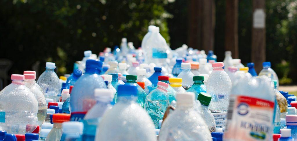 Plastový odpad by mohl být palivem budoucnosti, tvrdí vědci