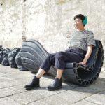 Holandská firma vyrábí na 3D tiskárně městský nábytek z plastového odpadu