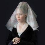 Galerie: Nizozemská umělkyně tvoří renesanční portréty z obalovaných materiálů