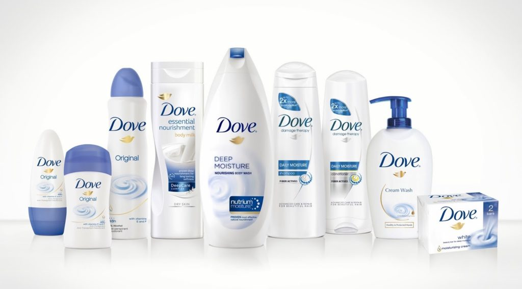 Značka Dove oznámila závazky ohledně snižování své plastové stopy