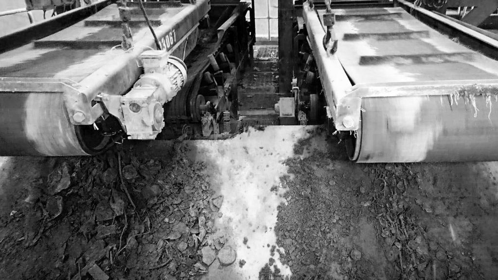 V Malešicích umí třídit železný odpad ze škváry