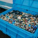 Recyklace baterií šetří životní prostředí a může pomoci i lidem s hendikepem